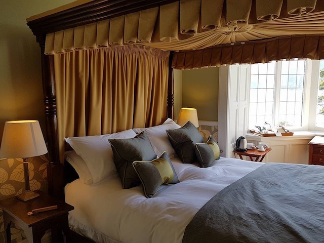 Four Poster Bed with views over the loch at knockderry House